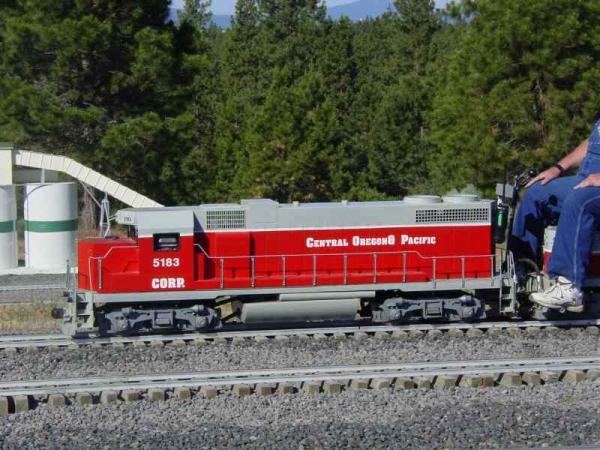 Lee Pirtle - GP 38 and Slug - Friends of Train Mountain